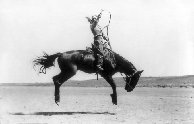 Kitty_Canutt,_champion_lady_rider_of_the_world,_on_Winnemucca